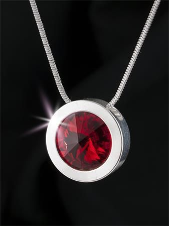 Náhrdelník, SWAROVSKI® Crystals, siam červená, postříbřený, 14 mm, ART CRYSTELLA