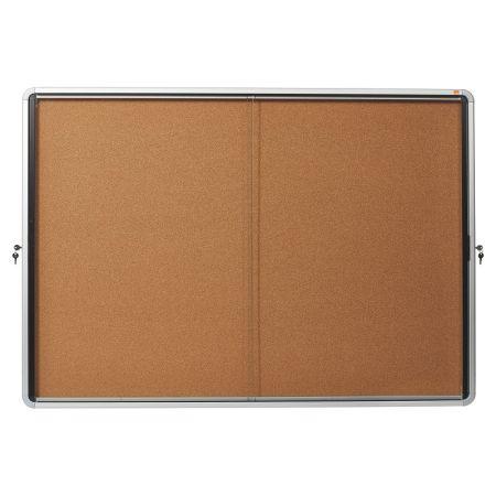 Vitrína vnitřní / s posuvnými dveřmi / 18xA4 / korek